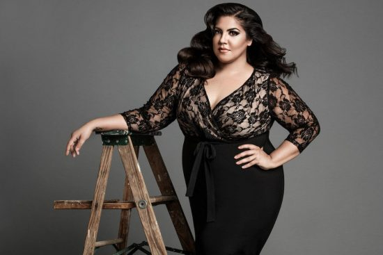 The Photographers Guide to Posing by Lindsay Adler - curvy women posing