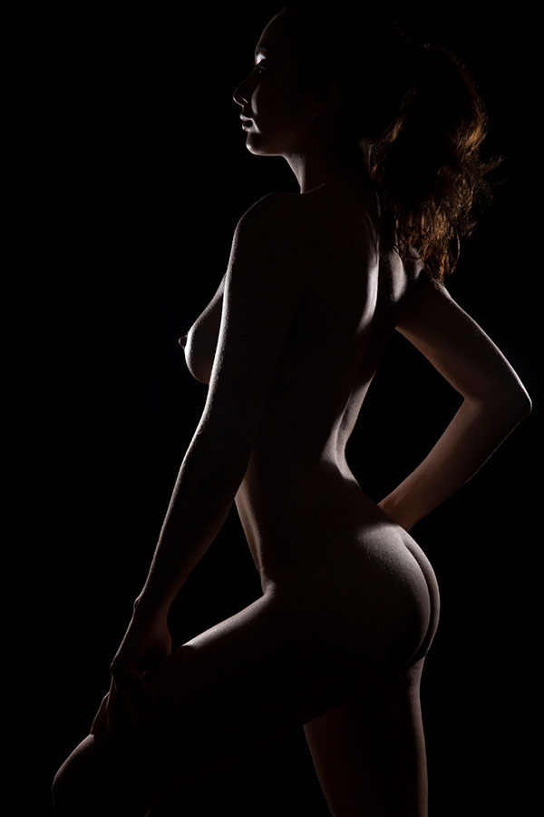 Fine Art Nude photography training - model in silhouette - Lindsay Adler Photography