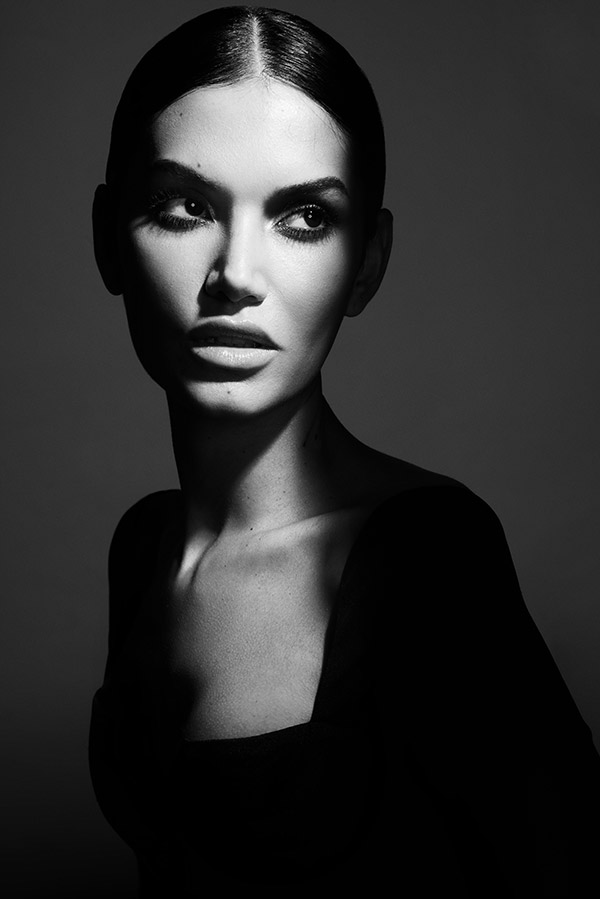 The Beauty Class - Lindsay Adler Photography - Black and white