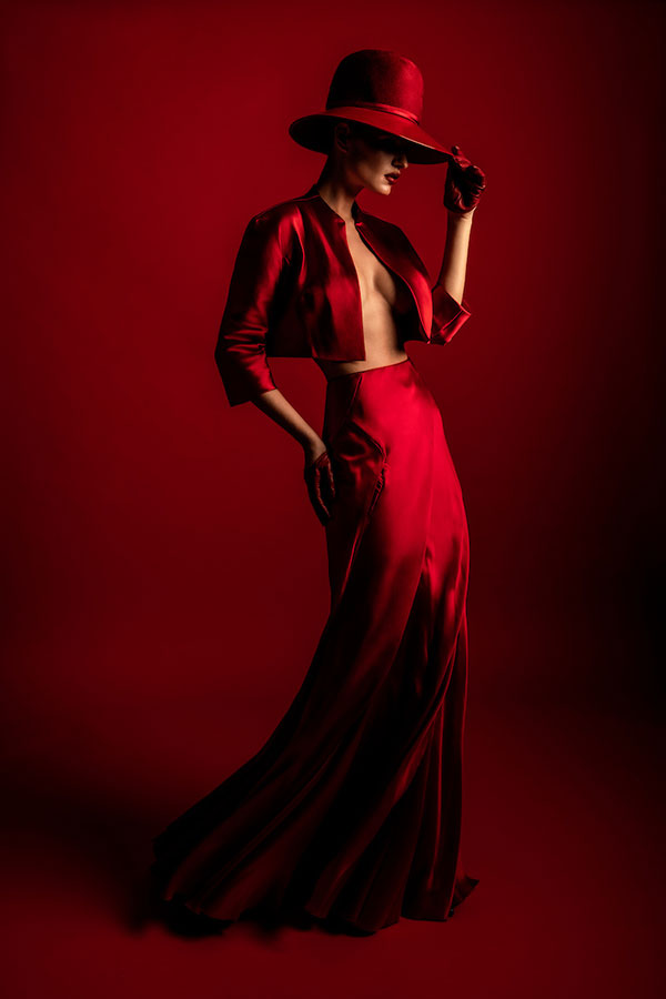 Finding Your Style - Lindsay Adler Photography - model all red